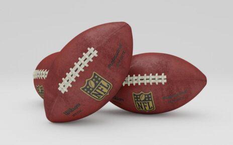 Amazon.com, Inc. (NASDAQ: AMZN), Comcast Corporation (NASDAQ: CMCSA) - Amazon Mengamankan Hak Untuk Game Playoff NFL: Laporkan